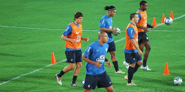 Cómo elegir el material de entrenamiento de fútbol - Blog de ... 063021e838a79